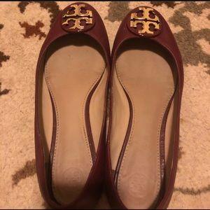 🌼Shoe Sale🌼 Maroon Tory Burch Flat Shoes on Sale